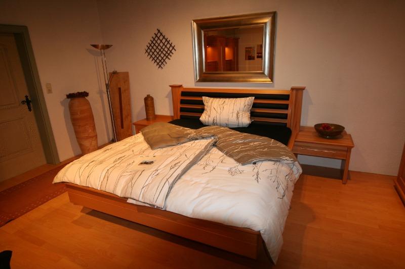 Austellungstück Schlafzimmer Bett